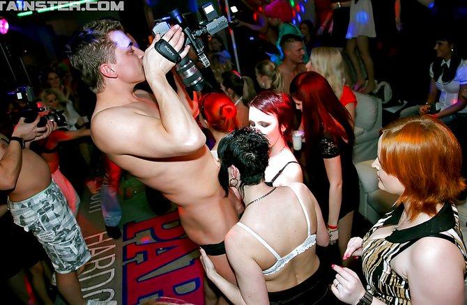Секс групповушка в клубе фото — img 5