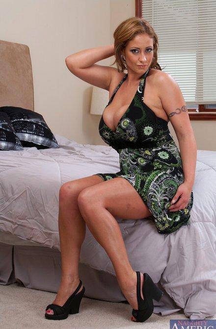 Фото голой жены на кровати — photo 5