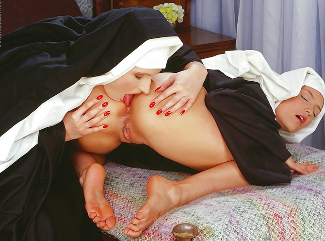 Монашки любят секса