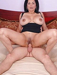 Порно-фото зрелых девушек — pic 4
