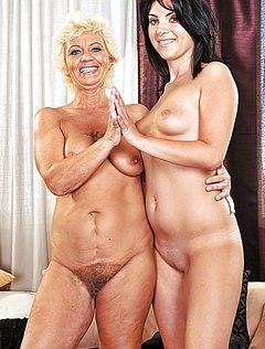 Бабка с мохнатой пиздой ласкает студентку