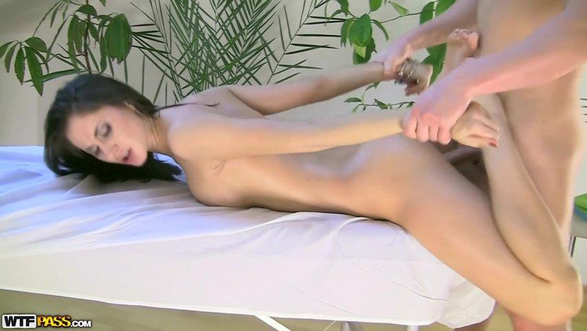 seks-narmalni-devushku