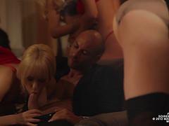 Очень страстная секс вечеринка