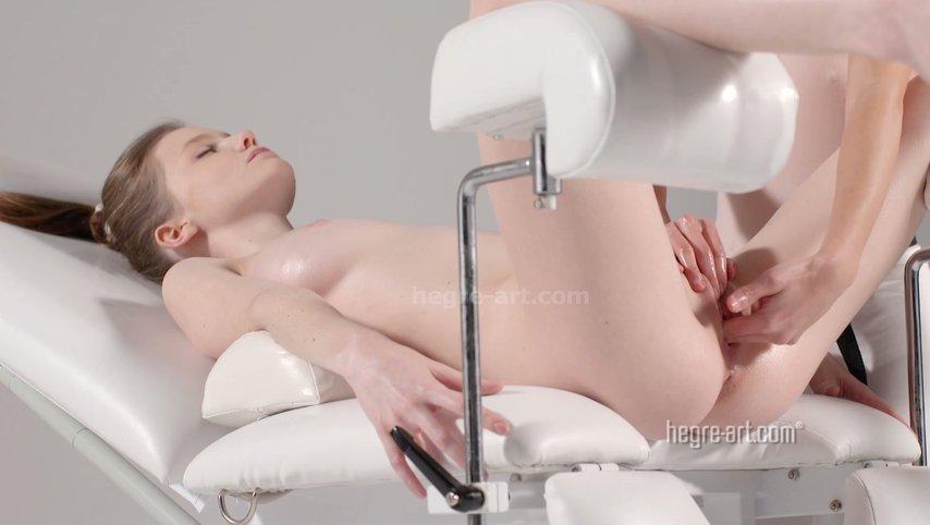Секс массаж облезает, русский горловой отсос подборка